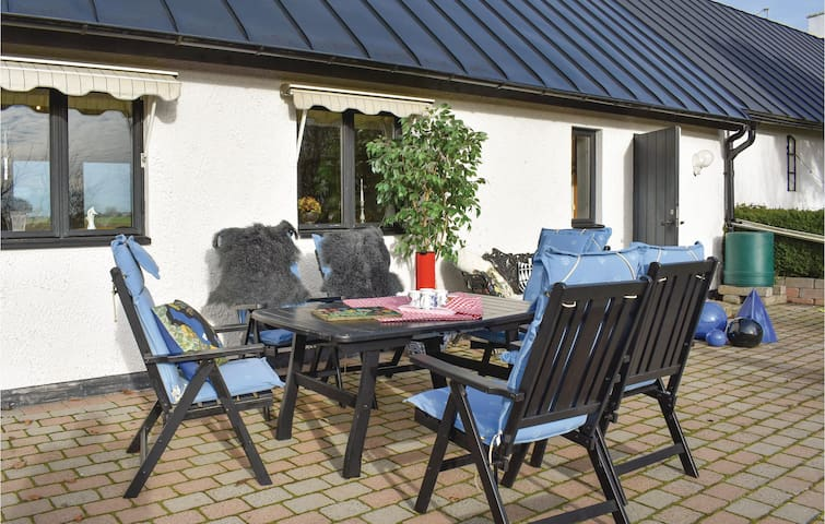 Holiday cottage with 1 bedroom on 78m² in Klagstorp