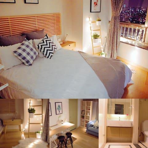 【240°纵享阳光套间】高档精装酒店式公寓,楼下商场地铁 - Shanghai - Service appartement