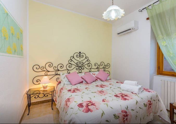 B&B LI CRIASGI - Elicriso room - Aggius - Bed & Breakfast