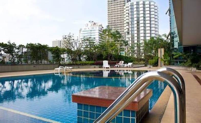 Trendy,sukhumvit13,BTS nana (wifi) - Amphoe Mueang Samut Prakan - Apartament