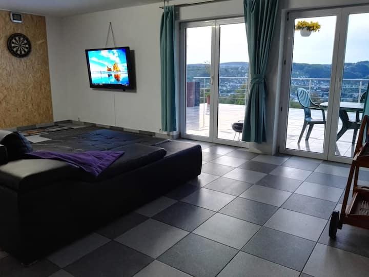 Komfort Apartment Nähe Badesee mit Bergblick
