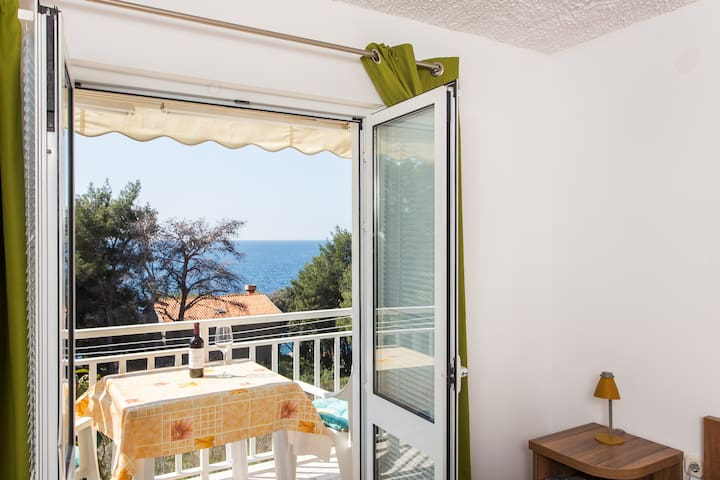 Villa Ana - One Bedroom with Balcony & Sea View 2 - Potomje - Leilighet