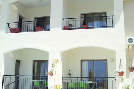 Xanthe sea view apartment with 2 bathrooms - Emba - Appartamento