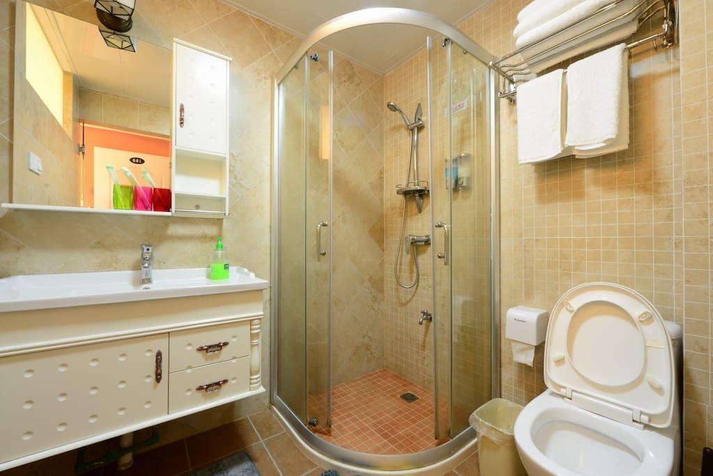 干湿分离的独立卫生间