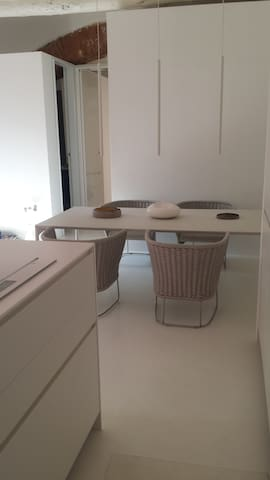 White loft in white marble city - Carrara - Apartemen