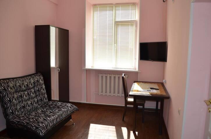 Розовый номер Отель Уют на пр. Путина