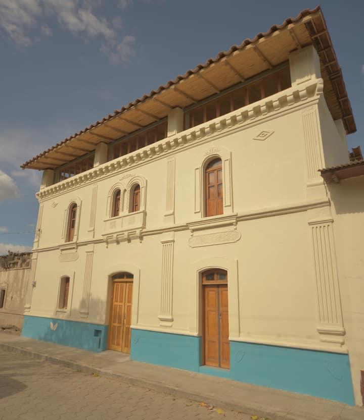 Casa Talleres , retiros, schools