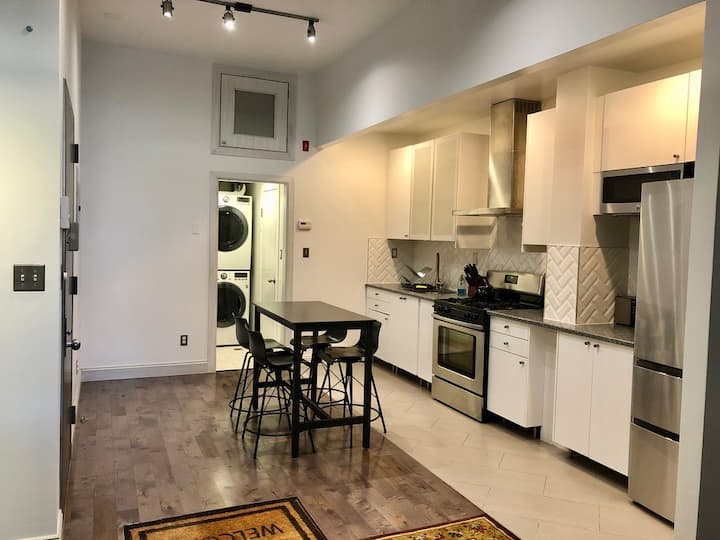 NEW and NICE 2 Bedroom apartment with Balcony