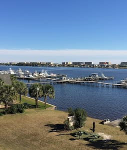 Awesome Waterfront Studio Condo 402 - 华尔顿堡滩(Fort Walton Beach)