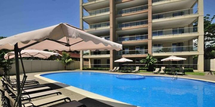 Beachfront+pool Modern Condo - Breakwater JACO 201