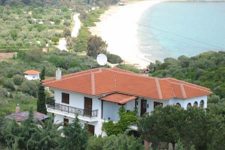 Haus SOFIA - Haus mit tollen Meerblick - Pyrgadikia - Casa
