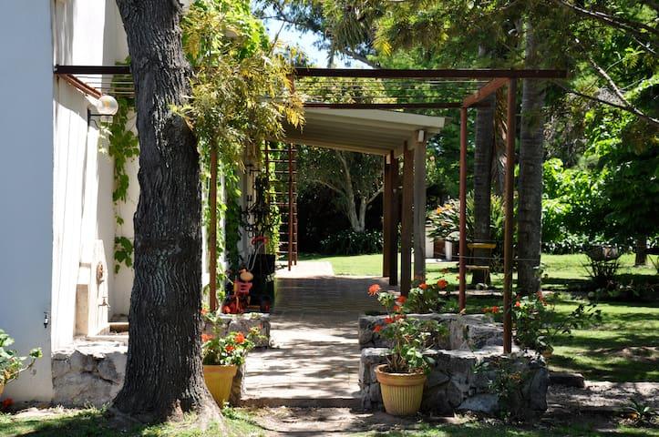 Villa  in rural Uruguay/ Colonia del Sacramento - Colonia Del Sacramento - Villa
