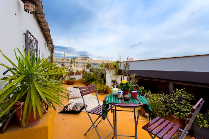 The turmeric terrace w/sea view in the city center - Palermo - Departamento