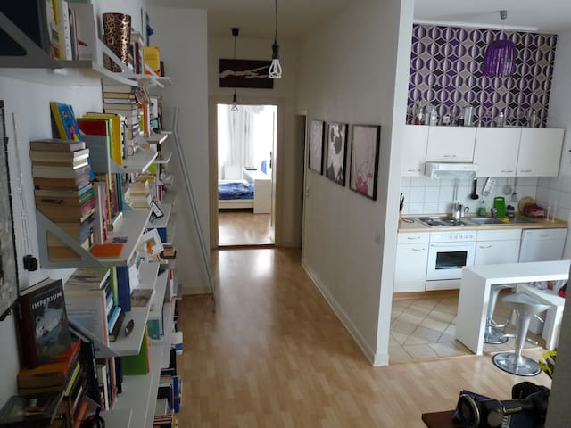 Mitten in Friedrichshain - Berlino - Appartamento