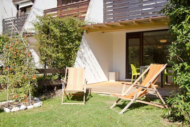 @ sunny terrace ☀☀☀ cozy  modern  studio ♥♥♥