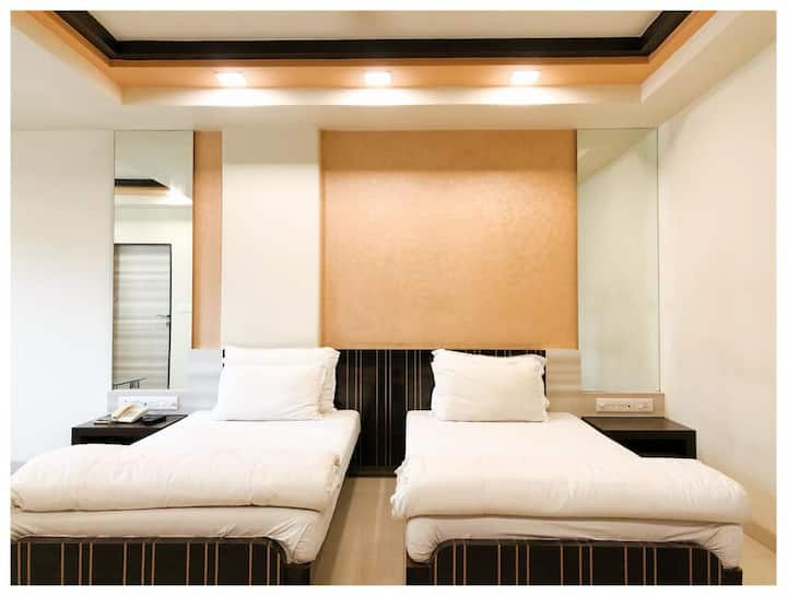 PLD Rooms & Suites - Dadar, Prabhadevi