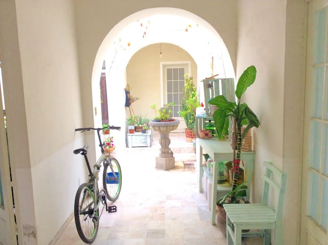 Habitación en bella casa colonial - Santiago de Querétaro - Casa