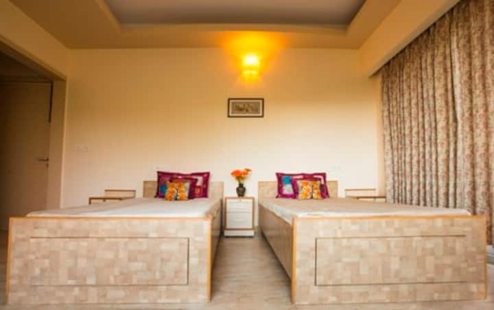 The Glade Homestay- Room  -The Neem Tree