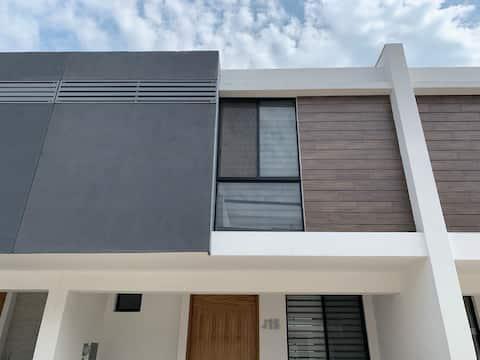Casa Zapopan Coto Cerrado - 5m ITESM 15m Andares