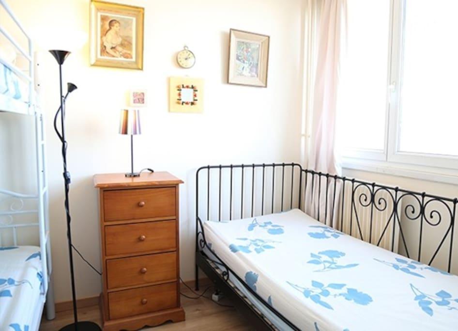 3 4 appartements louer paris le de france france. Black Bedroom Furniture Sets. Home Design Ideas