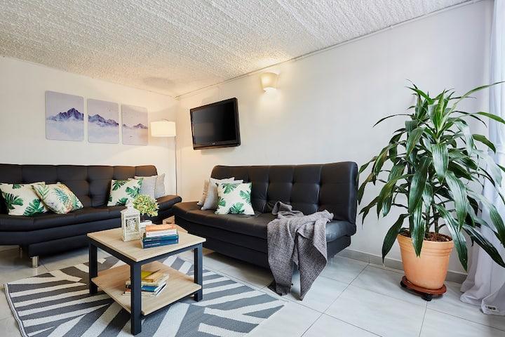 Ground floor Residential area 3 bedrooms 2 bath