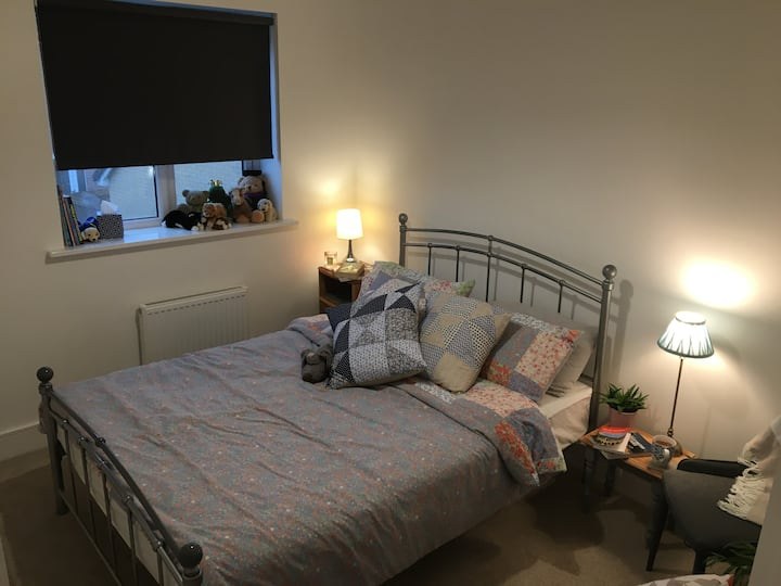 Comfy and clean double room with private parking