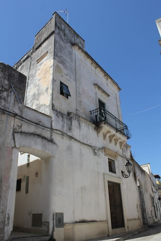 Restored 16th century open-space near Lecce - Arnesano - Hus
