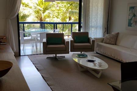 Apartamento charmoso e bem localizado.