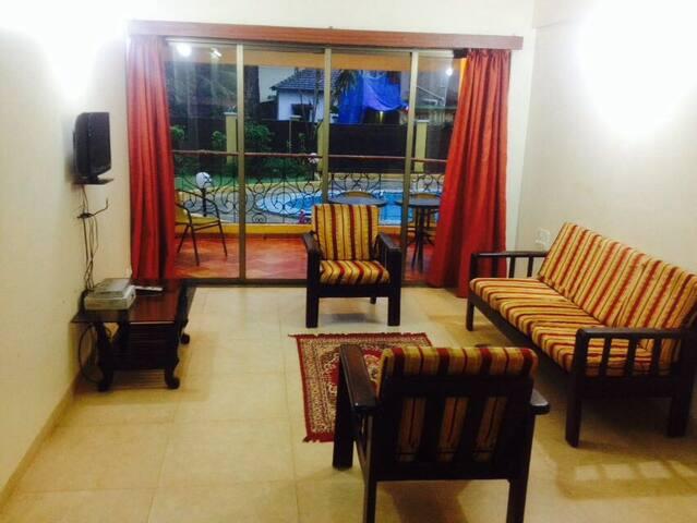 02 Bedroom Fully Furnished Pool Facing Apartment - Arpora - Apartamento