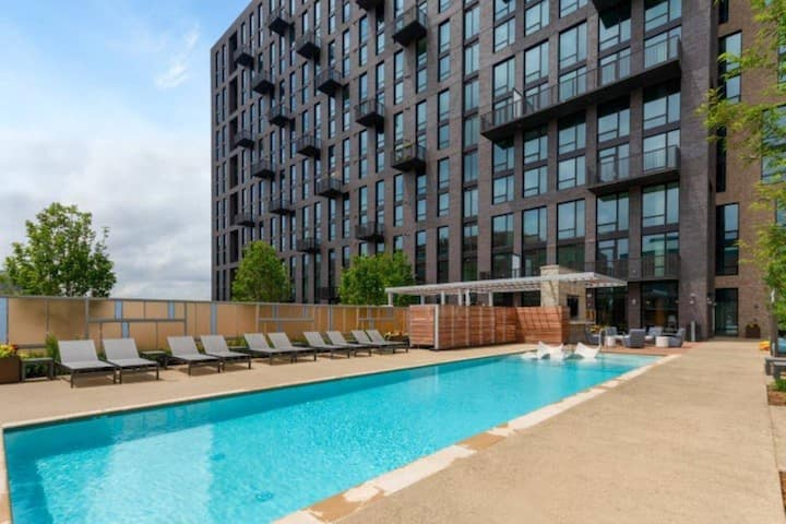 Luxury Zone @Brand New Apt24/7 Concierge/Gym/Patio