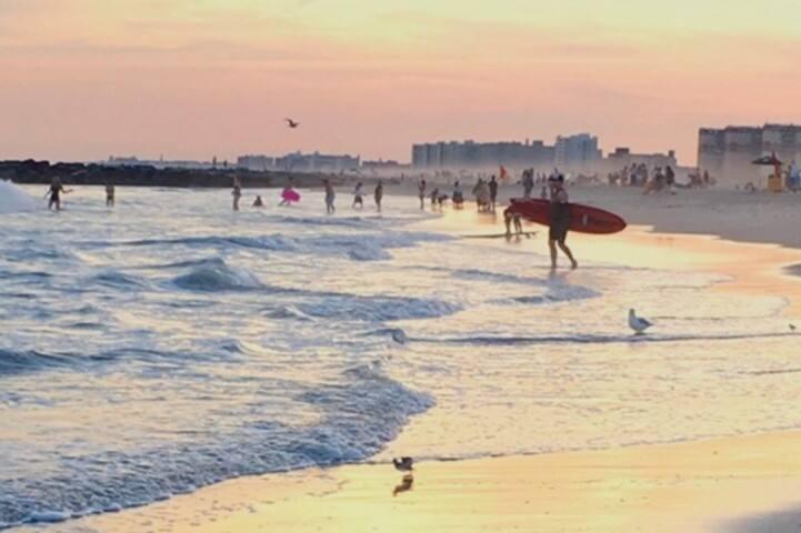 Terrific Beach Front Condominium - Rockaway Beach