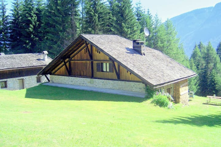 Comfortable Holiday Home in Folgarida with Private Garden