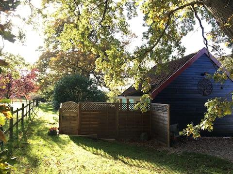 The Studio - idyllic rural get-away