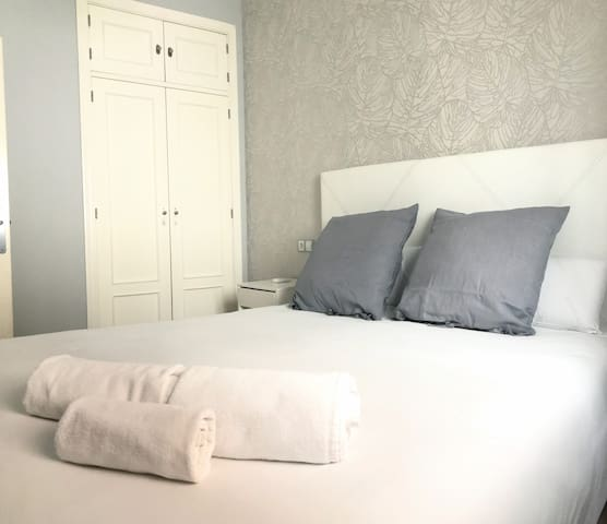 MS4 Suites Nervion