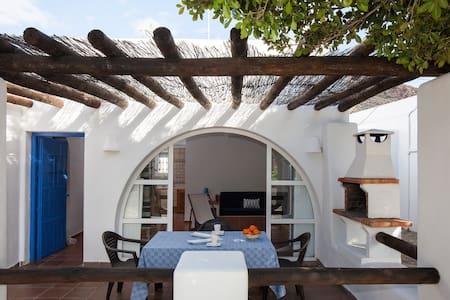 Las Casillas del Cabo - Parque Natural Cabo Gata - Las Hortichuelas - House