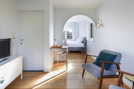 Ruime gezellige kamer met grote tuin nabij Brugge