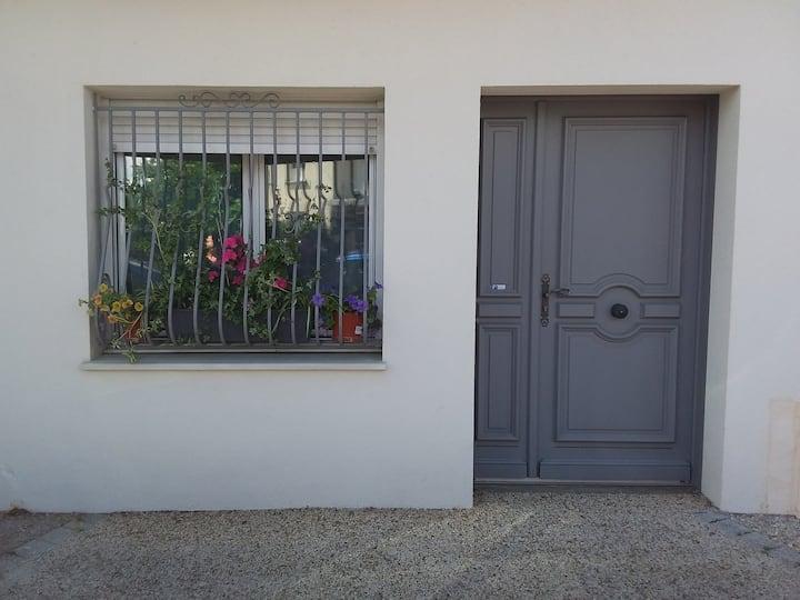Studio charmant prés du centre de Bordeaux