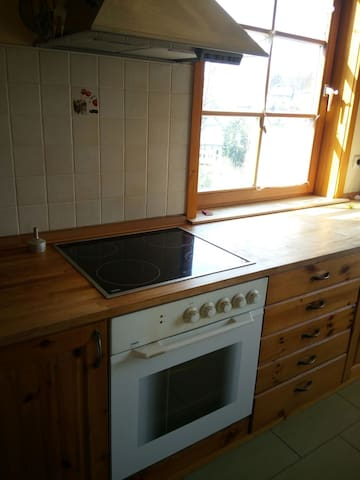 Wohnung in zwei-Familienhaus - Wurzbach - Huoneisto