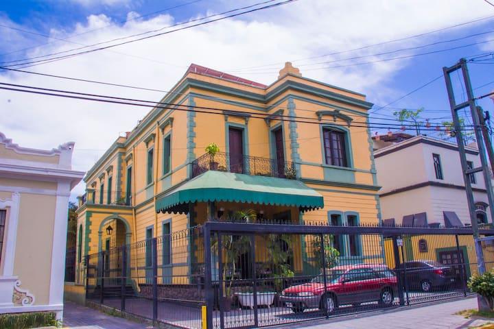 THE FAMOUS GRANNY HOUSE ~ CASA LA ABUELITA