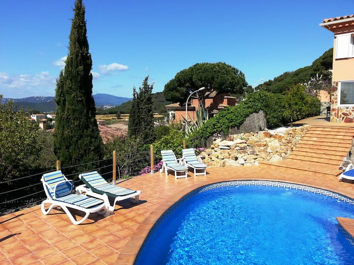 Apartamento con piscina privada
