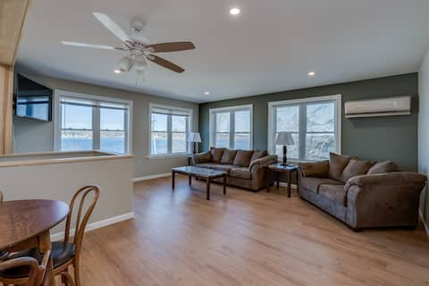 Riverview Townhouse IV in Downtown Alexandria Bay