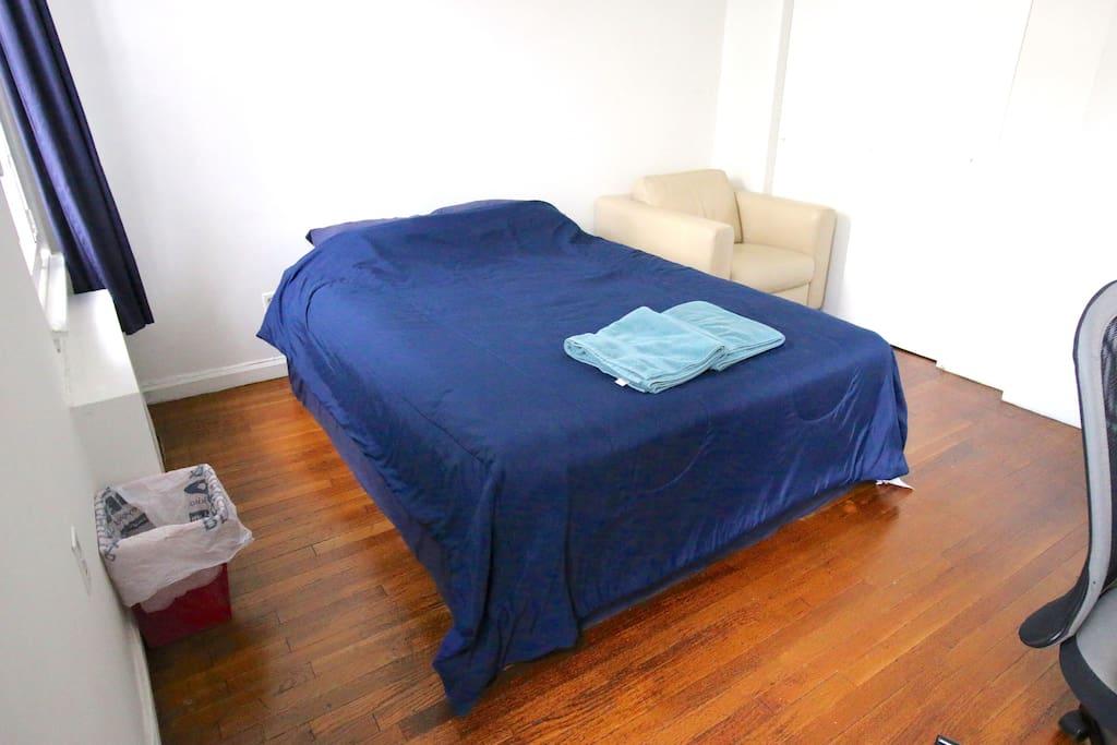 Cozy clean room