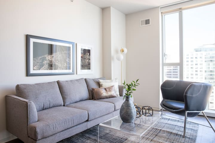 Sonder | 9th Apartments | Lovely 1BR + Gym