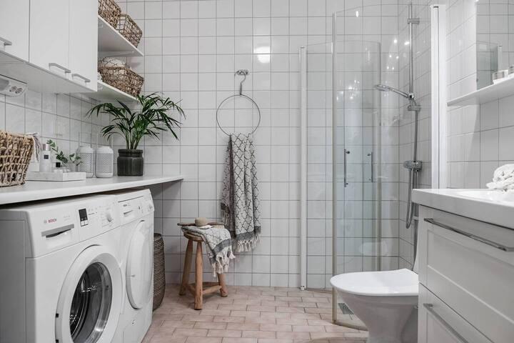 Scandinavian apartment 15min from city center