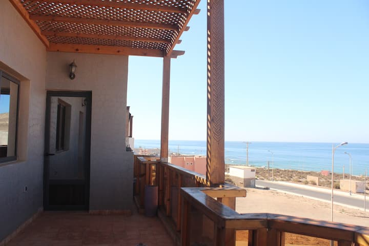 CHILLAX IMSOUANE Vip suit  seaview terrass , salon