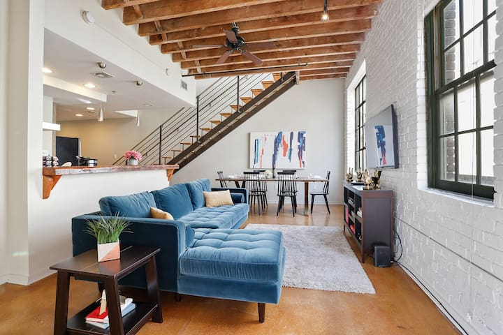 Domio | Warehouse District | Gorgeous Three Bedroom