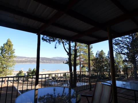 Eagle Lakehouse Quiet Retreat