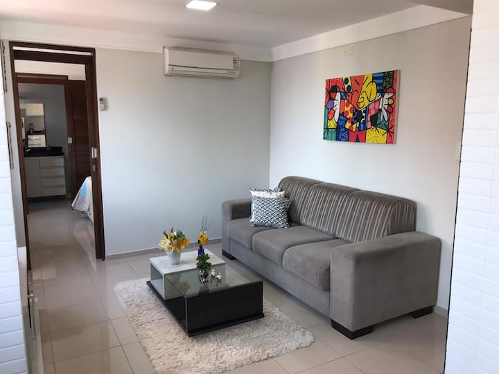 APARTAMENTO 04 APRAZÍVEL E FORMOSO, PERTO DO MAR!