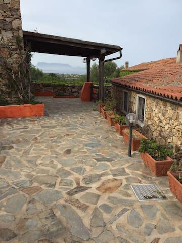 Villa San Teodoro con bilocale - Lu Miriacheddu - วิลล่า