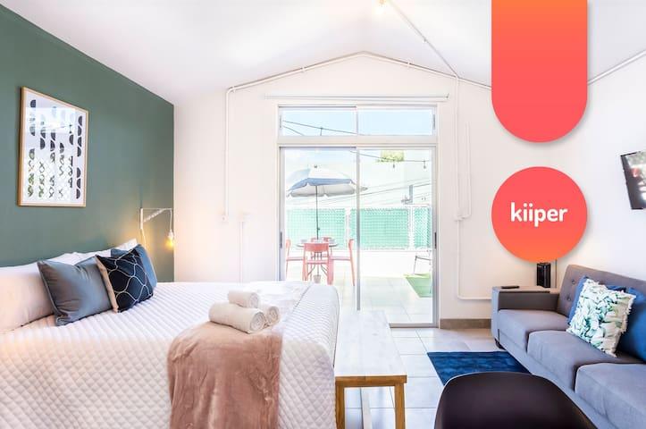 kiiper | Sunny Studio with Terrace | 2 PPL